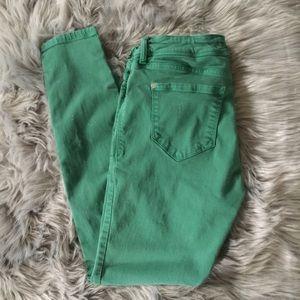 Kensie green skinny cropped jeans